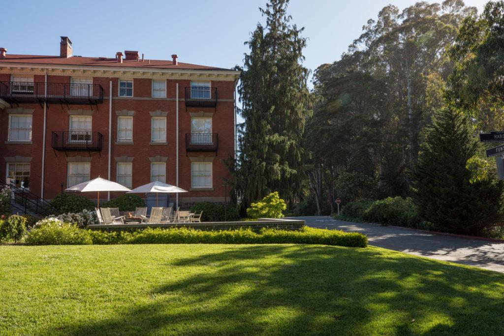 Inn at the Presidio - Patio And Lawn