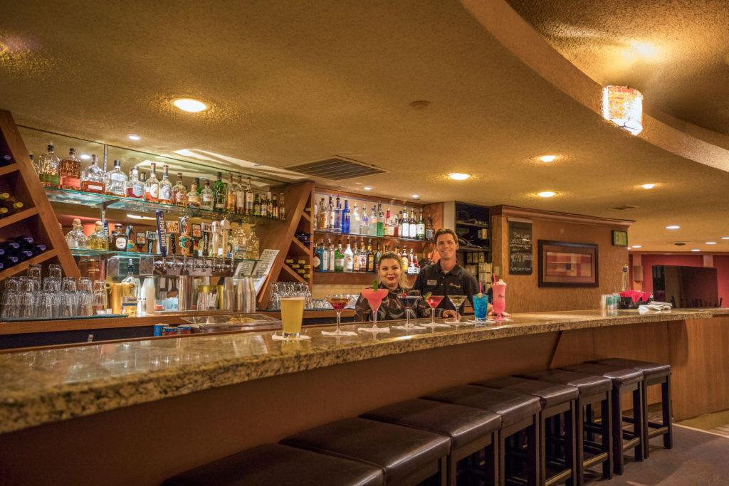 Flamingo Resort Bar & Lounge