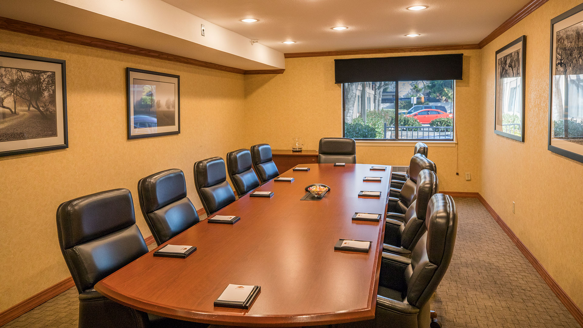Maple Tree Inn Conference Room